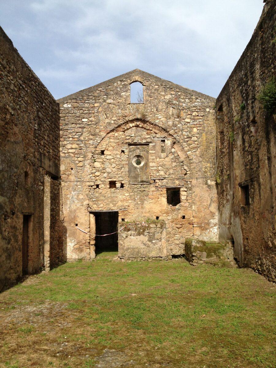 Badia_di_Pattano_-_Chiesa_di_Santa_Maria