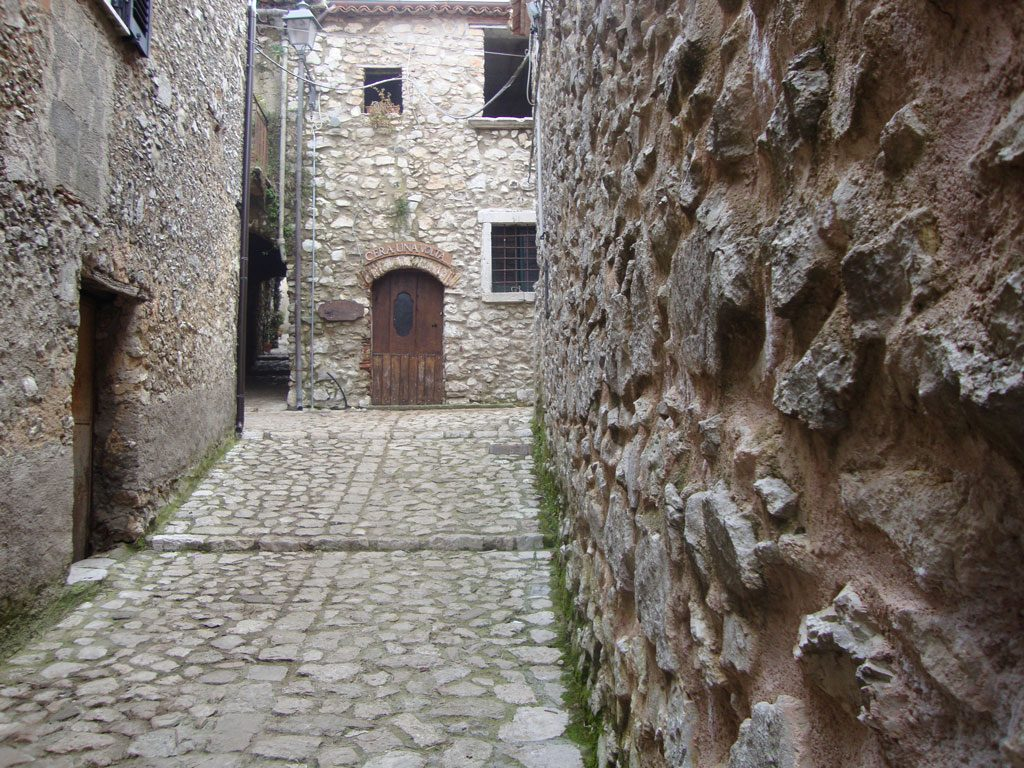 Borgo-antico-trentinara