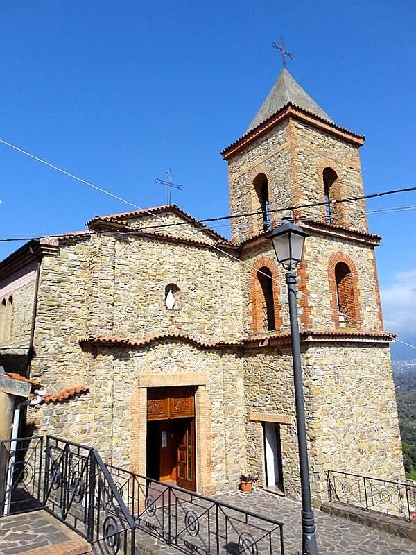 castelnuovo chiesa maria ss della maddalena